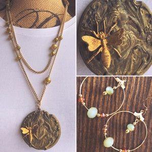 Jewelry - Art Nouveau Necklace w/Gold Bee & Earrings